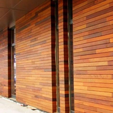 Услуги по обшивке деревом фасадов в Саратове