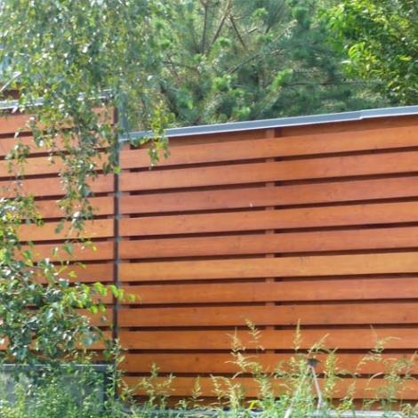 Услуги строительства деревянных заборов в Саратове